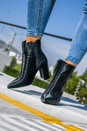 Blooming Boots Black Coco