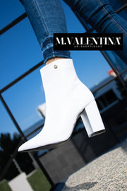 Blooming Boots White
