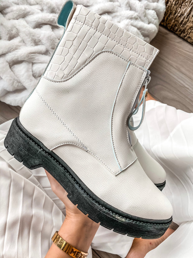 Zipper Boots White