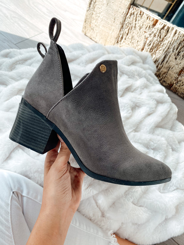 Tucson Boots Gray Swede