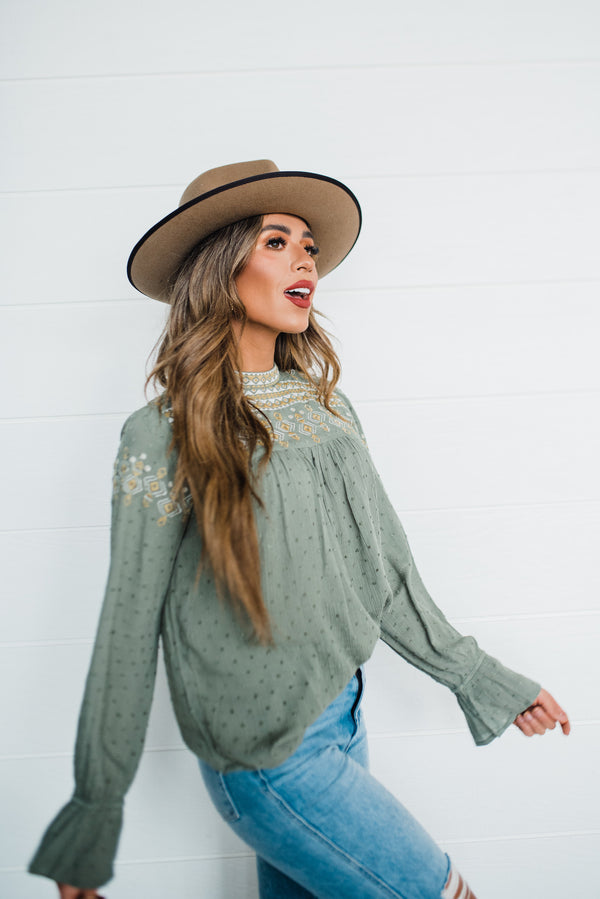 Savannah Top in Olive