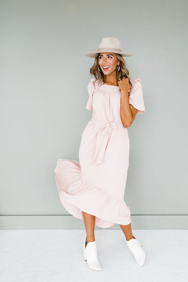 Rosey Dress in Light Pink