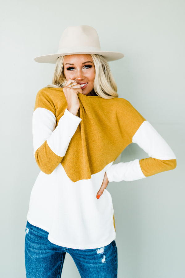 Brielle Sweater in Mustard