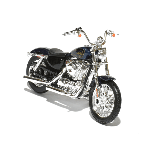 "Harley-Davidson XL1200 ""72"" 1:18 Model"
