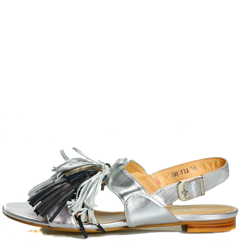 Fringe sandal in Patent Camel Leather with Tan leather tassles