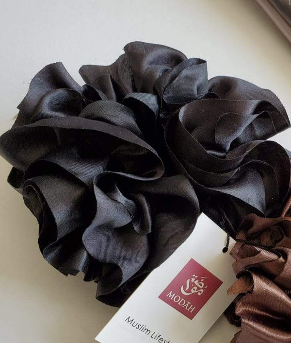 Volumizing Scrunchy - Satin Black