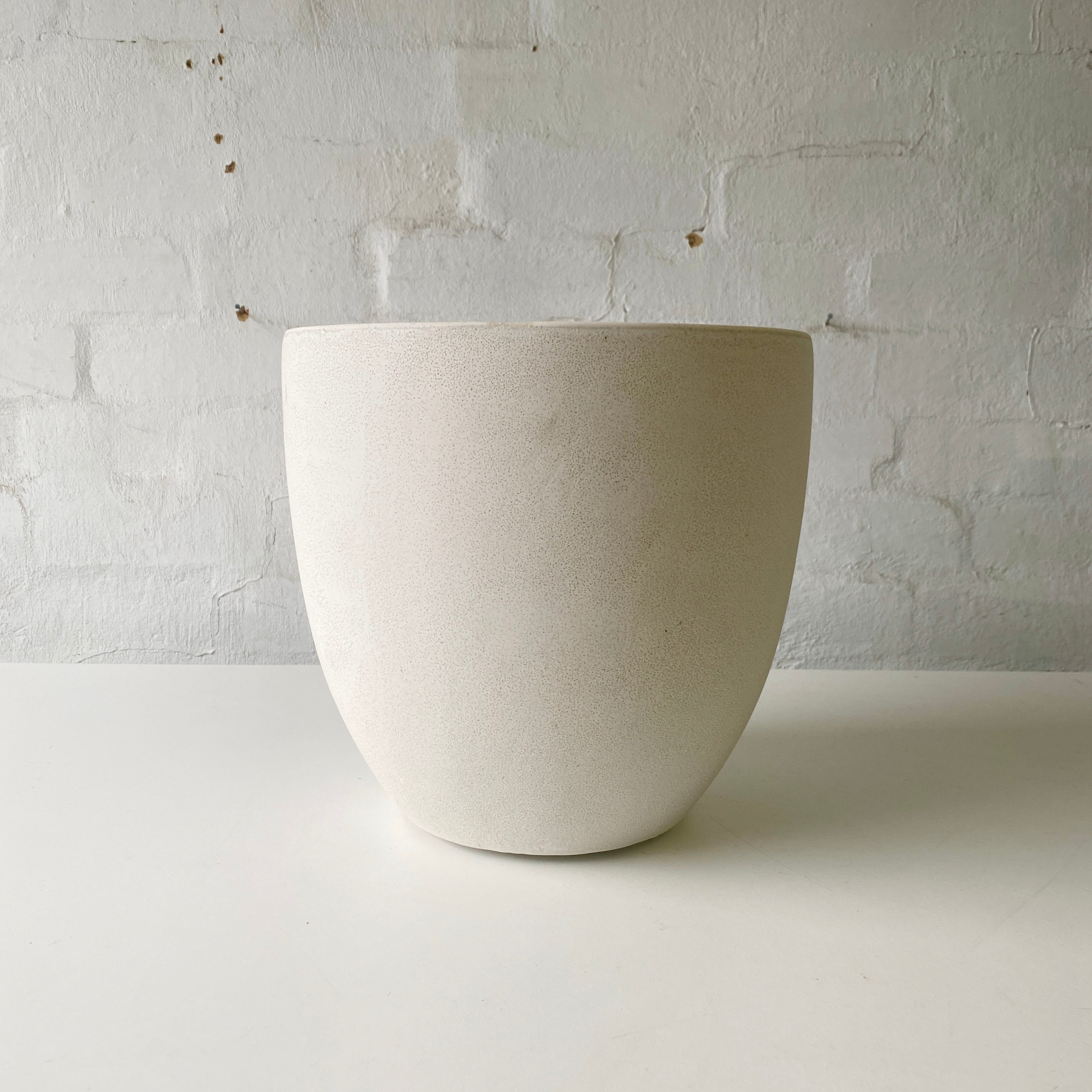 Lightweight Bruno Pots - Medium (White)