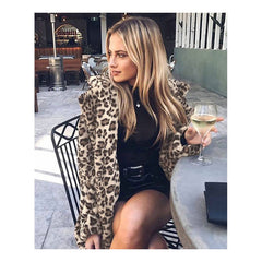 Long sections plush leopard coat