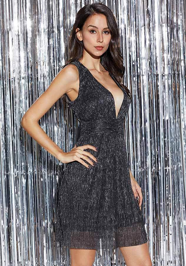 Lbd Metallic Ribbed Deep V Sleeveless Zipper Party Dress | Edlpe