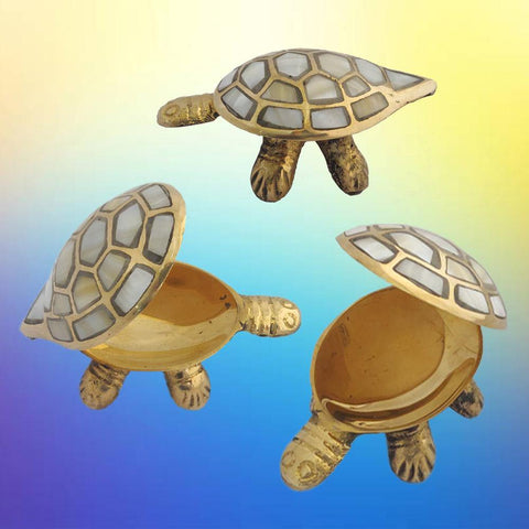 Divya Mantra Chinese Feng Shui Brass Turtle, Wish Fulfilling Seap Tortoise with Secret Compartment Jewelry Box Home Decor Collectible Ornament; Vastu Shastra Living Remedy For Money, Health - Brass - Divya Mantra
