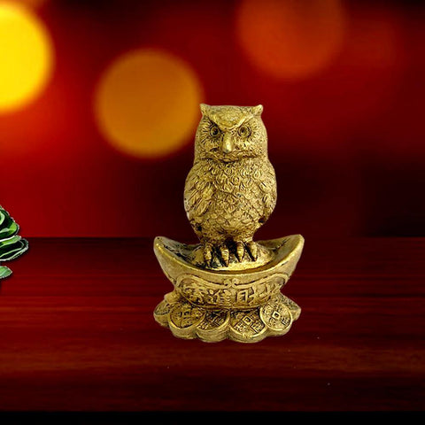 Divya Mantra Chinese Feng Shui Owl Statue Sitting on Gold Yuan Bao Wealth Enhancer Prosperity Lucky Ingot & Bed of Coins Money Good Luck Figurine for Home, Office, Kitchen Decor Amulet Charm - Golden - Divya Mantra