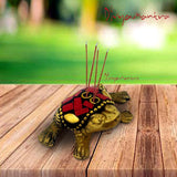 Divya Mantra Decorative Feng Shui King Money Frog Pair Pure Brass Aroma Incense Stick Holder/ Agarbatti Stand For Good Luck, Puja Room, Home Decor, Showpiece Gift Item Collection Set of 2 -Multicolour