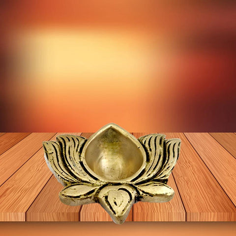 Divya Mantra Home Decor Diya Lamp Indian Pure Brass Hindu Goddess Sri Laxmi Padma Lotus Flower Design Decorative Oil Light Diwali Decoration Pooja Room Mandir Pital Diva Handmade For Good Luck - Gold - Divya Mantra