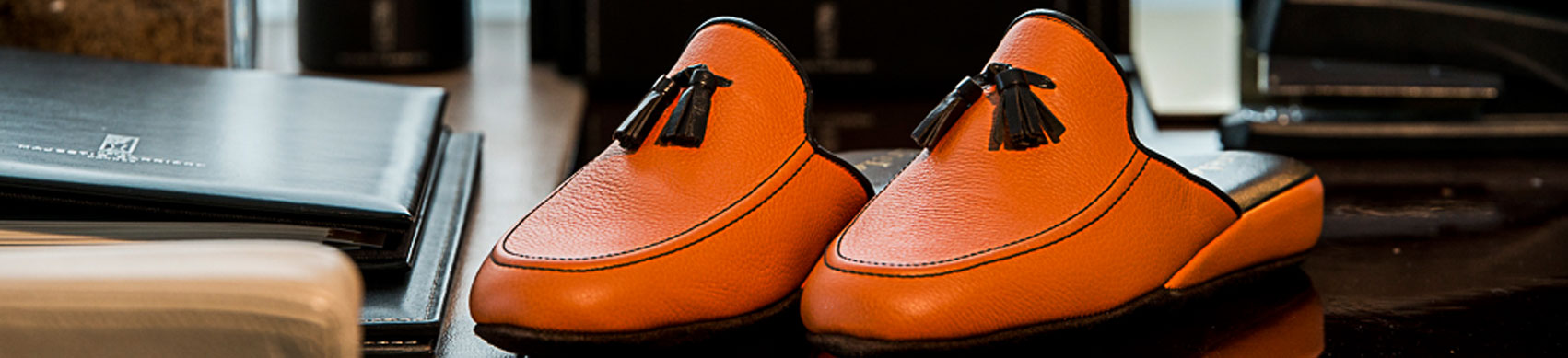 Slippers for Men - All men deserve high quality slippers!