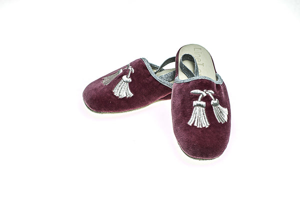 rose antique, velours, Gabriel, mules, enfants, pompons, broderie en argent, Collection Intemporelle