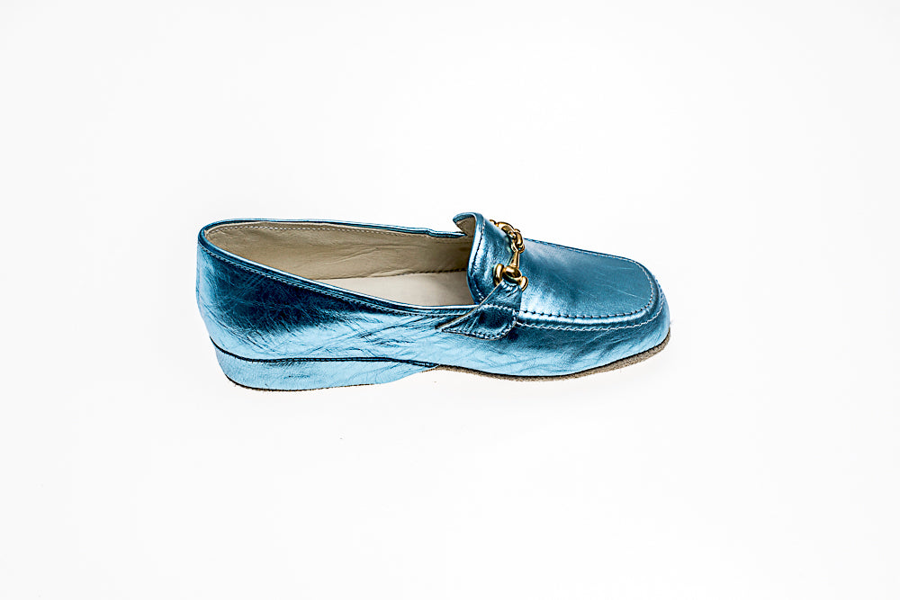 line loup, calfskin, Jeanne, metallic blue, slipper, loafer, mors, kids, Timeless Collection