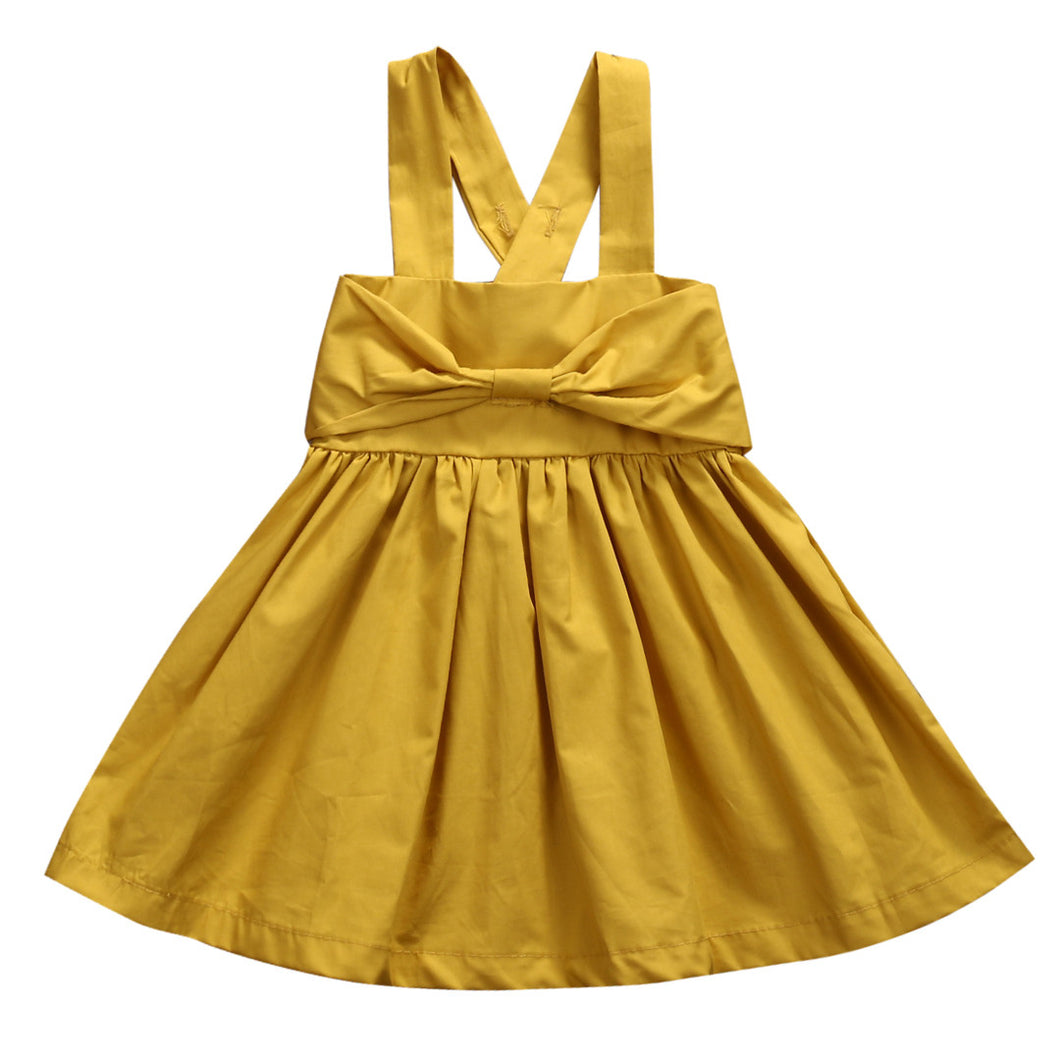 Very cute girls yellow sleeveless summer dress