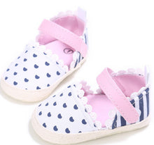 Beautiful baby girls handmade shoes with hemp fabric