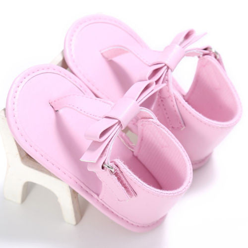 pink Gorgeous baby girl summer flip-flop sandals with cute bow and hemp material.