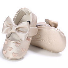 white Gorgeous baby girls first walker shoes with beautiful bow and heart pattern.