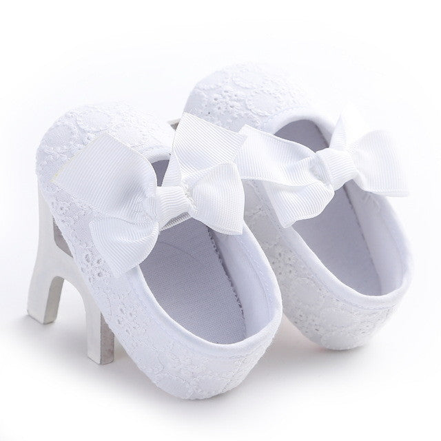 whtie Spring/Autumn cute toddler girls leisure walker soft cotton shoes and cute bow.