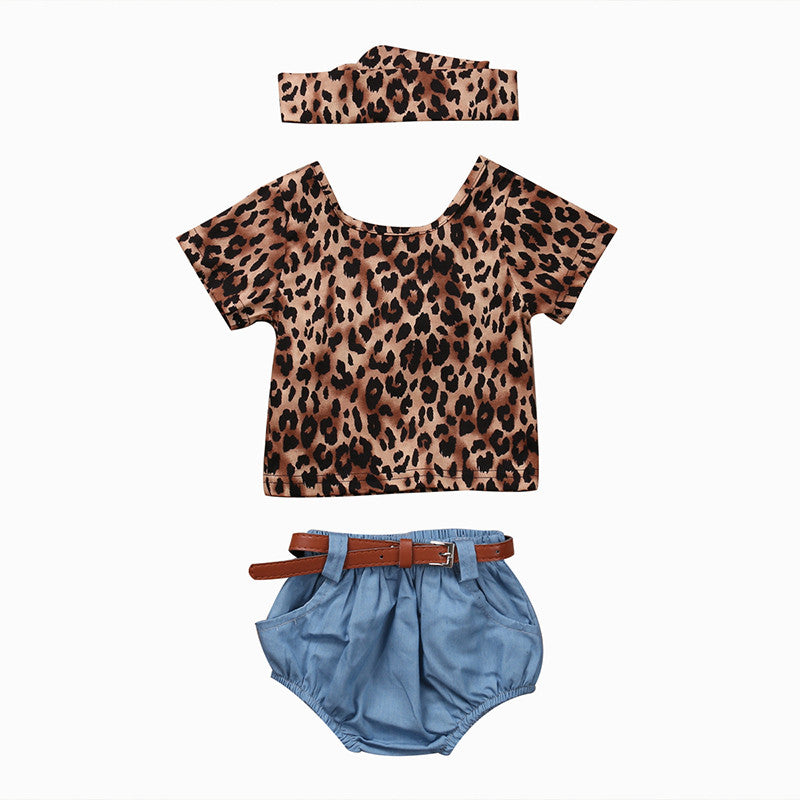 Short sleeve backless leopard print t-shirt with matching headband and denim bloomer shorts