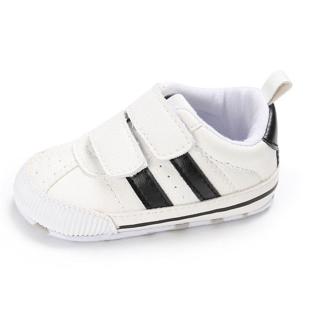 Boys and Girls funky sneaker perfect for those first steps. black stripe