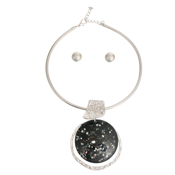Black and Silver Round Pendant Set