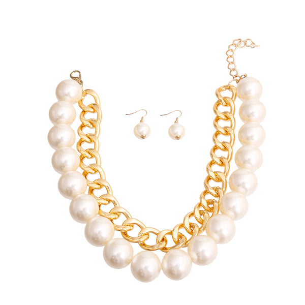 Chunky Gold Chain and Pearl Necklace