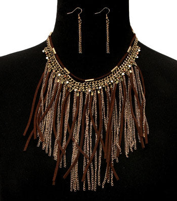 Suede and Chain Necklace Set