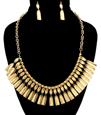 Twisted Metal Necklace Set