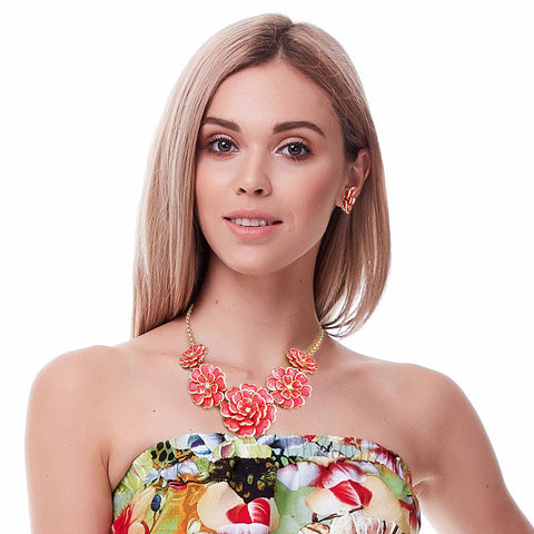Coral Gold Trim Flower Necklace