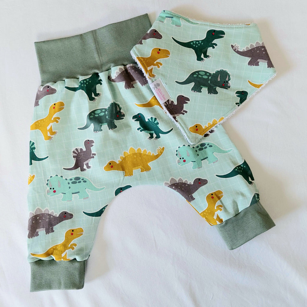 Harem Pants with Matching Bib - 6 Months - Green with Dinos