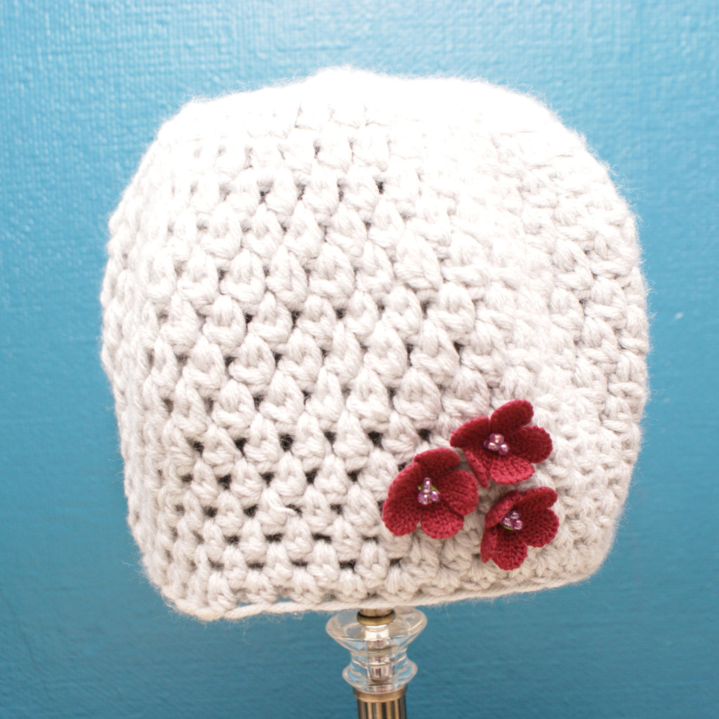 Silver Grey hat with burgundy flowers - Size M