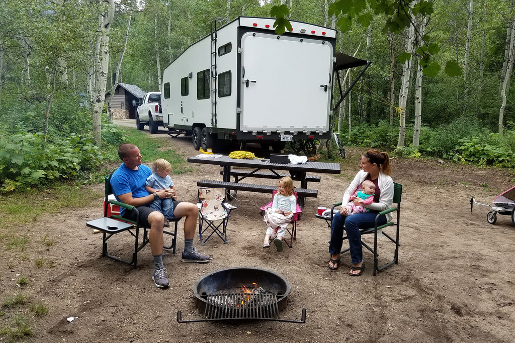 Camping Gives You Family Quality Time -  6 Ways Camping Is Healthy For You - Paumco Blog