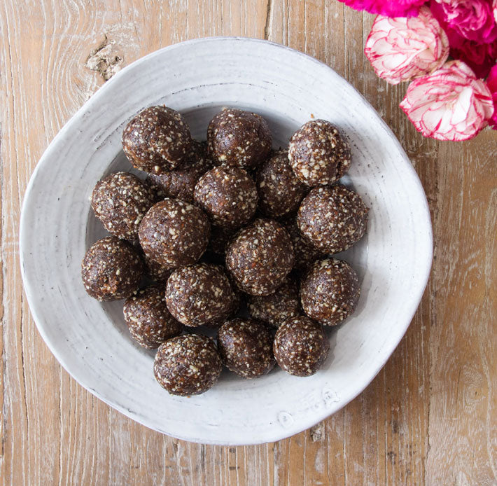 Deliciously Ella Woodward - energy bites