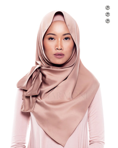 Putri Semi-Instant Shawl In Blush Golden