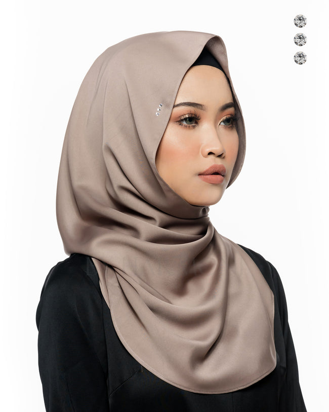 Baby Bidadari Snoodie In Mink Grey