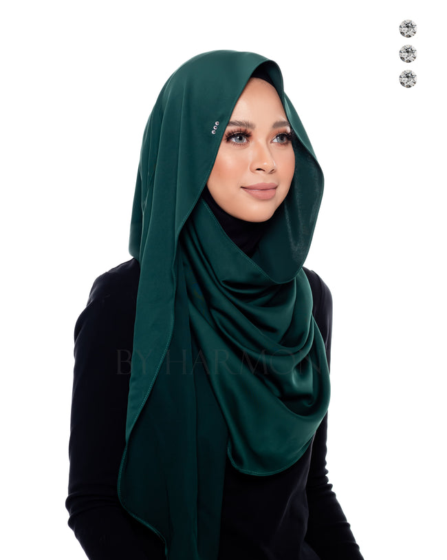 Indah Snoodie In Forest Green