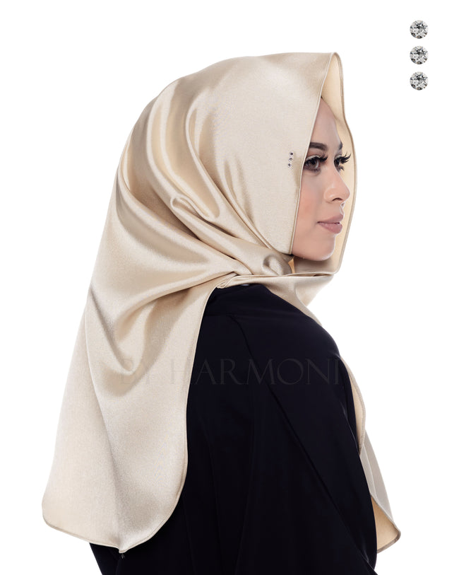 Bidadari Shawl In Galactic Light Gold