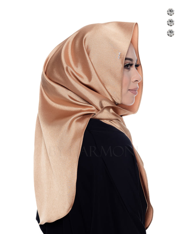 Bidadari Shawl In Galactic Gold
