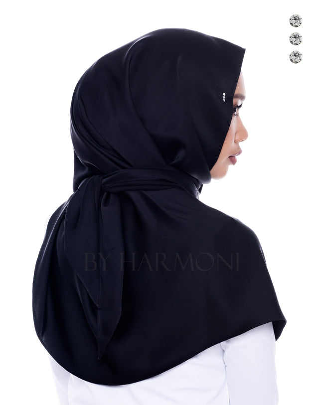 Mawar Semi-Instant Shawl In Black