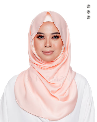 Baby Bidadari Snoodie In Classic Cream