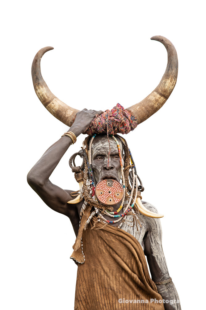 HORN - Woman from Mursi Tribe