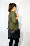 Crossbody Leather Handbag-Black - edocollection