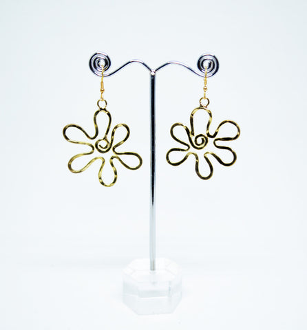 Brass Wire Dangle Earrings Flower Shape - edocollection