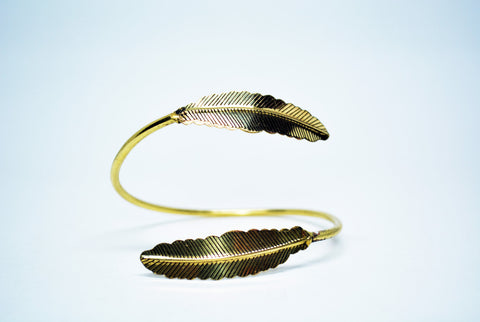 Women's Feathers  Brass Cuff Bracelet - edocollection