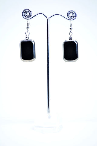Black Glass Drop Earrings - edocollection