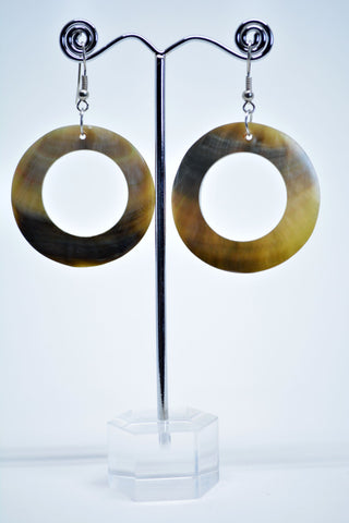 Dangle Hoop Shell Earrings - edocollection