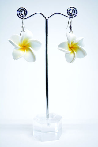 Rubber Flower Drop Earrings White - edocollection